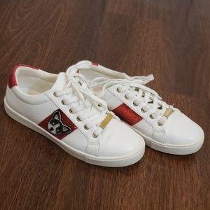 ALDO White Leginiel Dog Patch sneaker Sz US 7.5